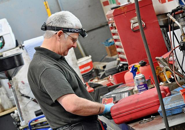 Wells Garage Gary Grayton Mechanic