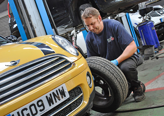 Wells Garage Ringwood Paul Woodget